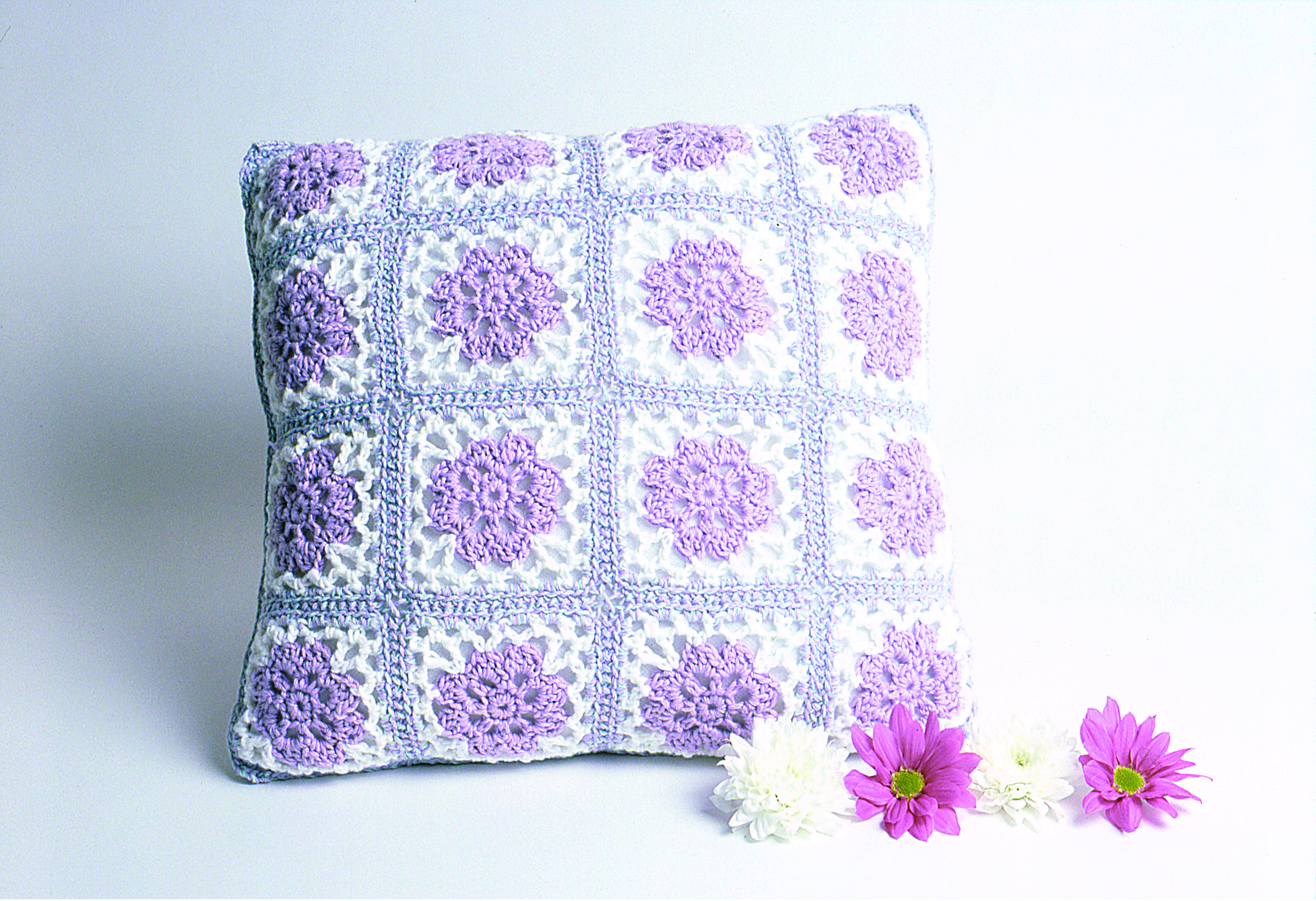 Free crochet patterns pottage publishing flower cushion free crochet pattern bankloansurffo Choice Image